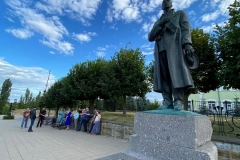 Пленеэр-у-памятника-Рахманинову_СМЛ-Тамбов_Голубь_Лошкарёв